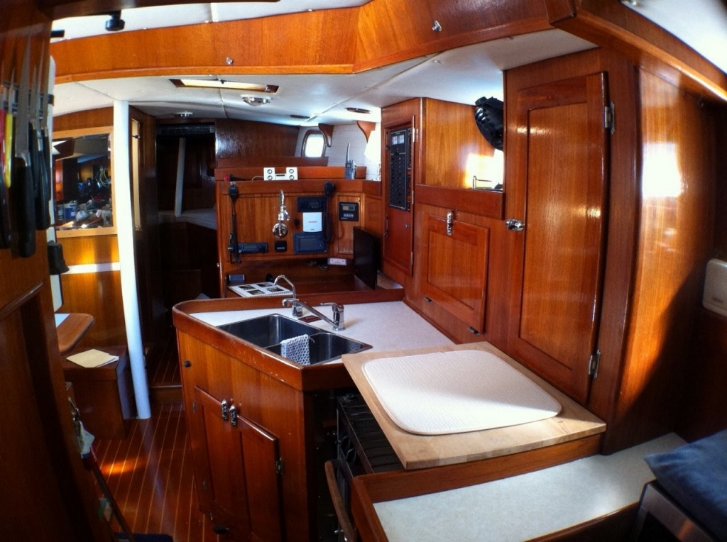 interior and galley (1280x956)